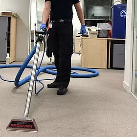 commercial cleaning of carpet
